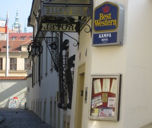 Central prague hotels best hotels in prague city center for Best hotels in mala strana prague