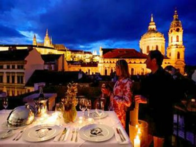 Hotel u raka a romantic jewel near prague castle for Best hotels in mala strana prague