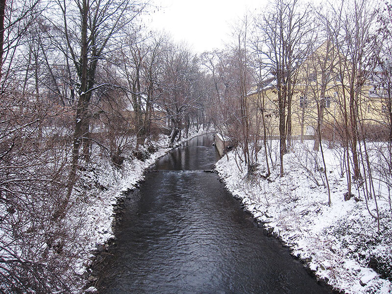 Kampa park and canal in snow