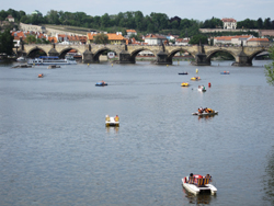 prague river and paddle boats