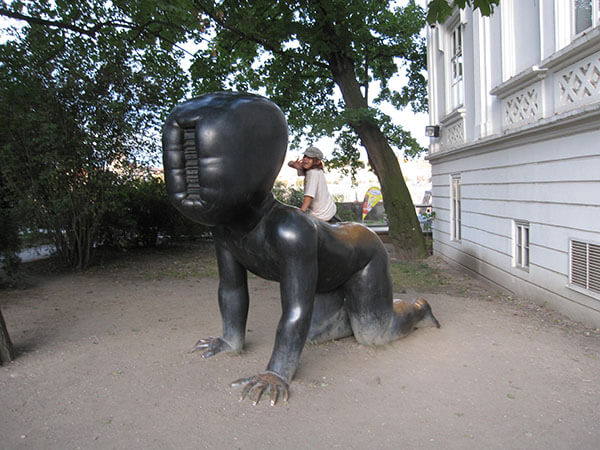 Baby statue on Kampa