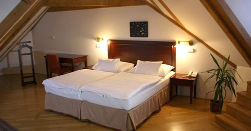 Lokal Inn Prague suite