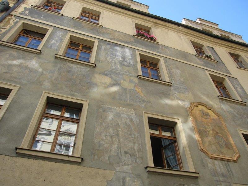 Facade of Residence Thunovska
